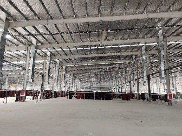 越来越多的物流仓储都能够看到节能工业风扇的身影了